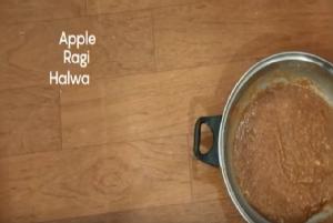Apple Ragi Halwa Recipe to Treat & Prevent Diarrhoea in Children